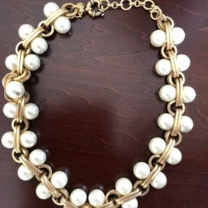 J CREW CHUNKY PEARL NECKLACE LENGTH 18""